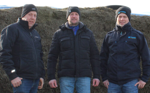 Contractor Peter Wolken, Heiner Hesselink and SCHAUMANN area manager Lars van de Water (left to right)